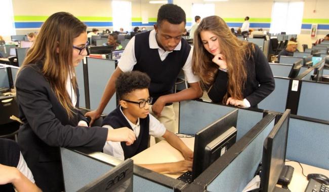 Школа_офис в США