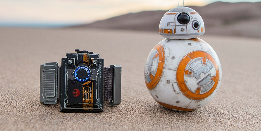 Sphero-BB-8-App-Enabled-Droid-with-Force-Band-6