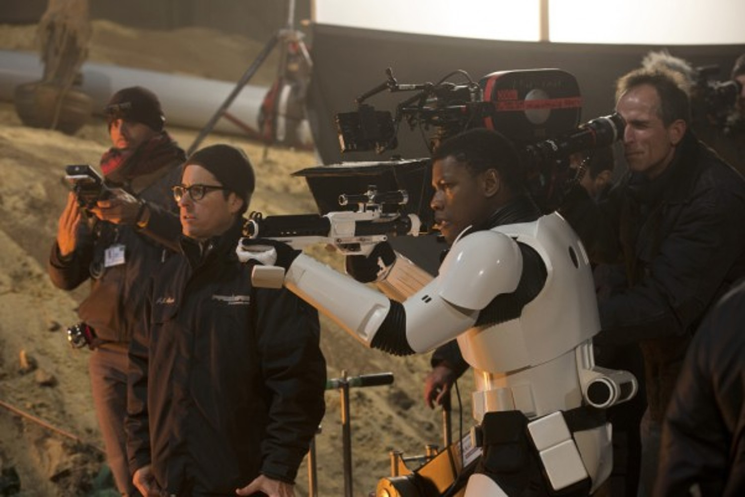 the-force-awakens-behind-the-scenes-1
