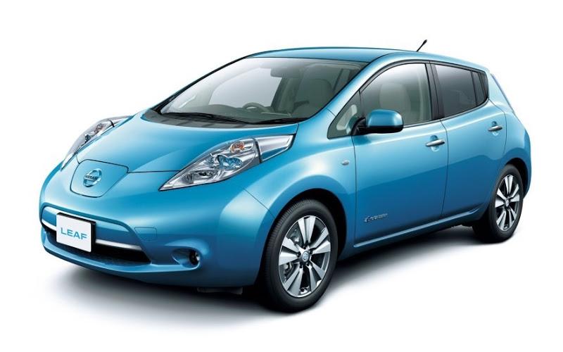 В Україні стрімко зростає попит на електромобілі (Nissan Leaf)