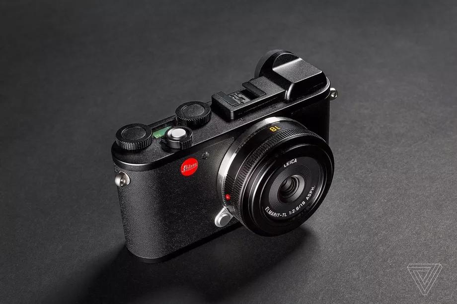 Камера Leica CL