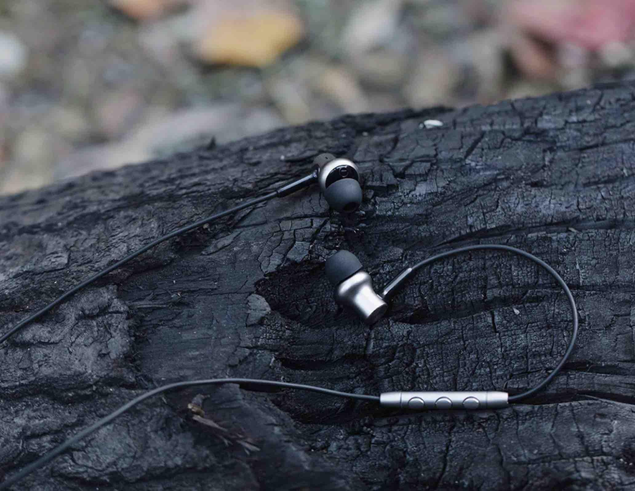 GearBest: Xiaomi Pro HD In-ear Hybrid Earphones