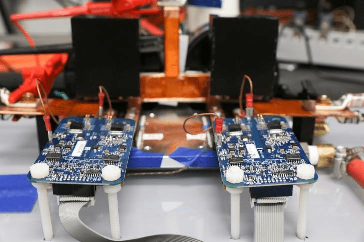 Розробка вчених дозволить заряджати електромобілі за 15 хв
