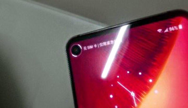 SamsungGalaxy S10 матиме відмінну особливість у дизайні
