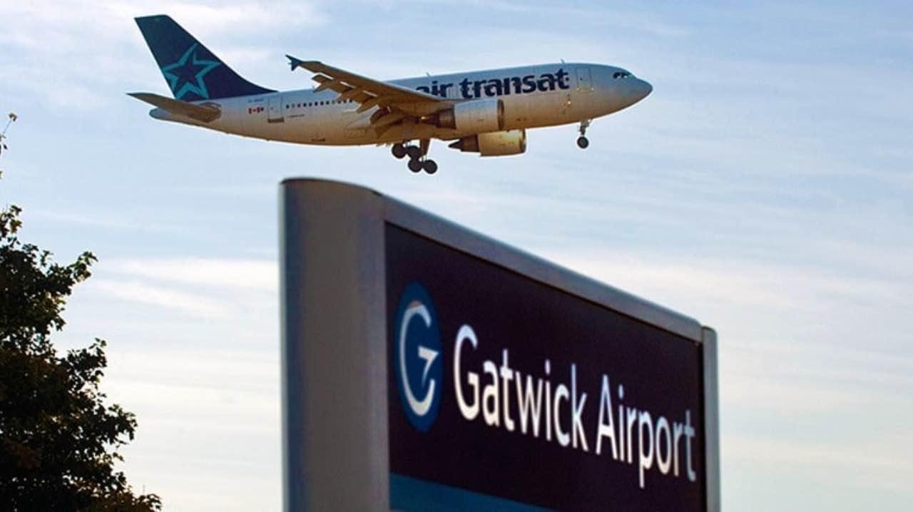 Британська поліція затримала підозрюваних у порушенні роботи аеропорту