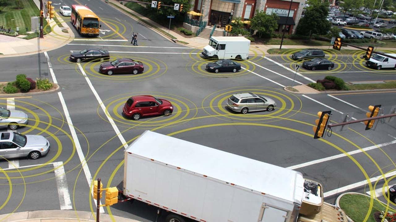 У 2023 році автомобілі зможуть спілкуватися між собою