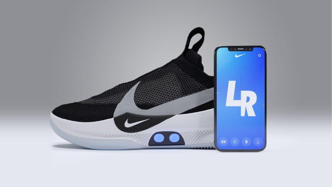 Nike представив розумні кросівки з функцією бездротової зарядки -  Pingvin.Pro 7f01d896be991