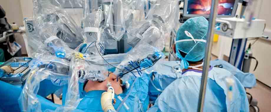 Роботи-хірурги загрожують здоров'ю пацієнтів