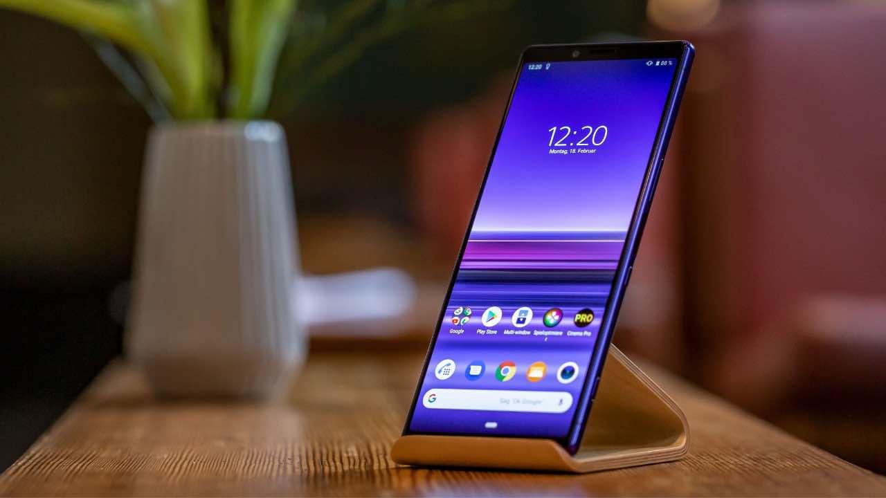 Смартфони Sony та LG втрачають популярність