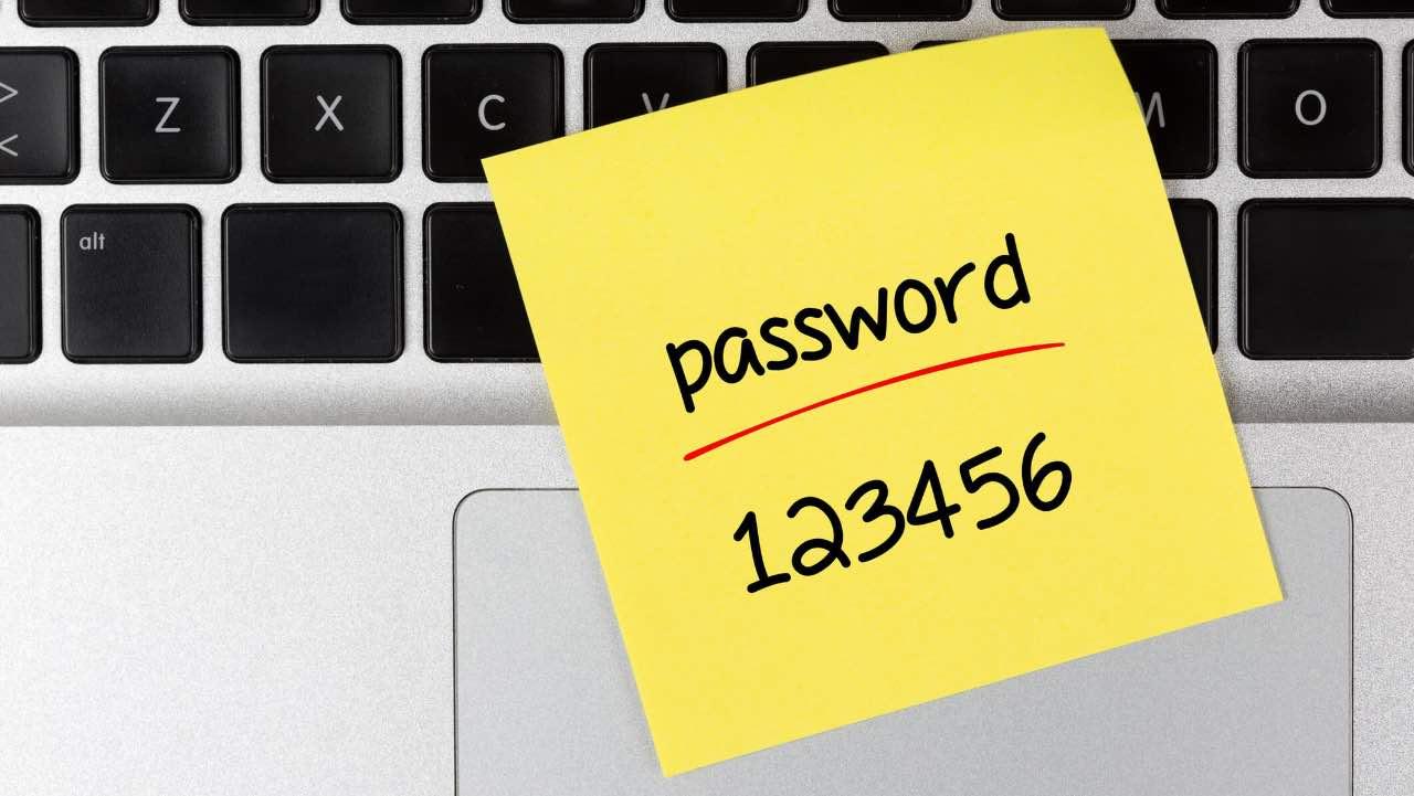 Firefox 70 попереджатиме про злам збережених паролів