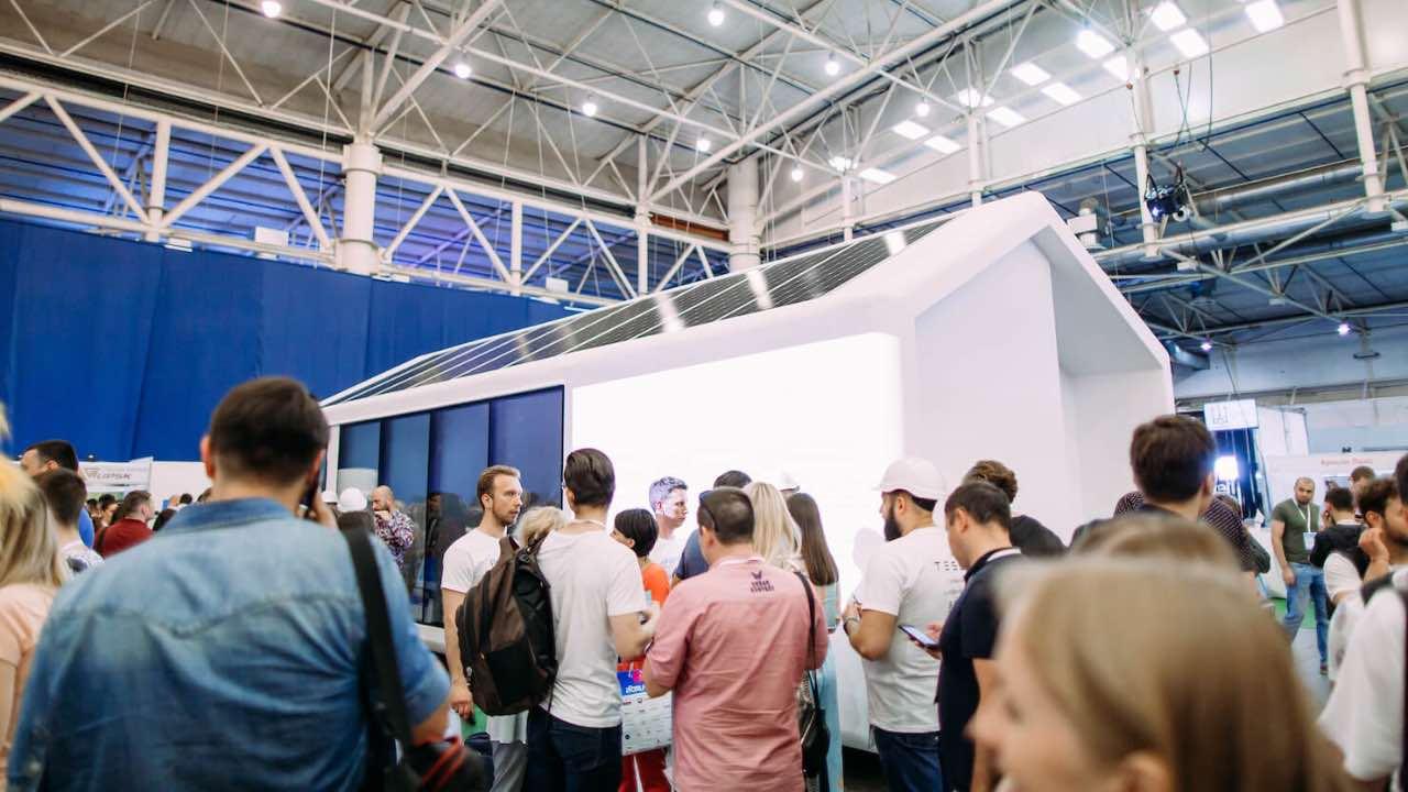 В Україні запустили виробництво енергонезалежних будинків PassivDom