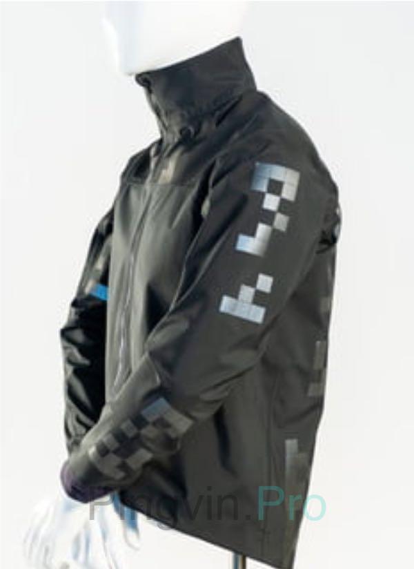 Дизайнер з Канади створив унікальну куртку з QR-кодами