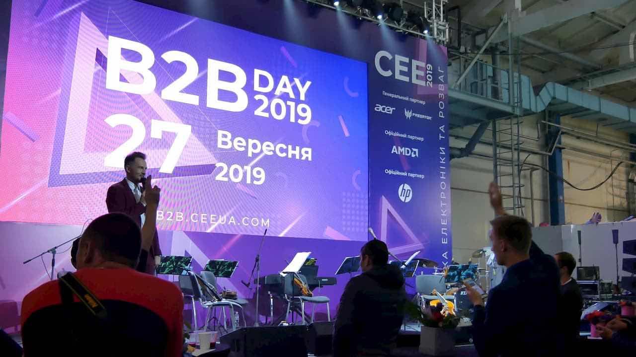 CEE 2019 – ноутбуки на Intel 10-го покоління та нові смартфони Tecno Mobile