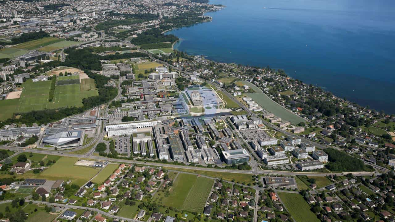 Швейцарський федеральний технологічний інститут Лозанни (Новий метод зробить електронні пристрої автономнішими)