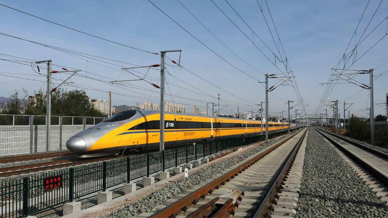 В Китаї запустили перший безпілотний поїзд