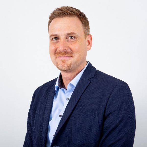 Стефан Соммер (Stefan Sommer), директор по маркетингу та керуванню бізнесом у Європі