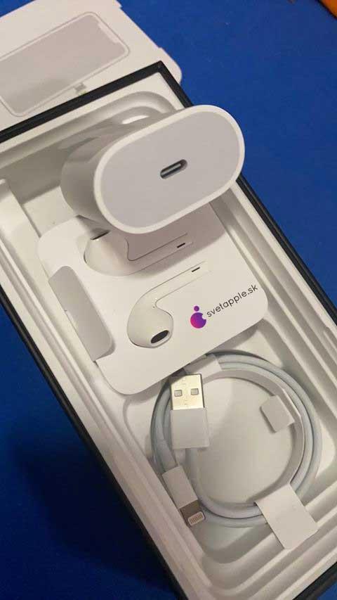 Користувач iPhone 11 Pro Max отримав в комплекті «сюрприз»