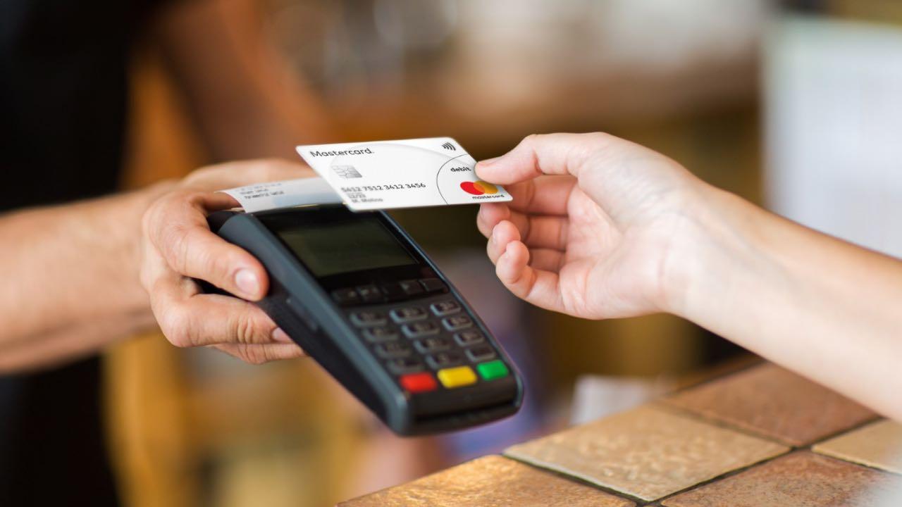 Українці стали частіше використовувати цифрові та безконтактні оплати