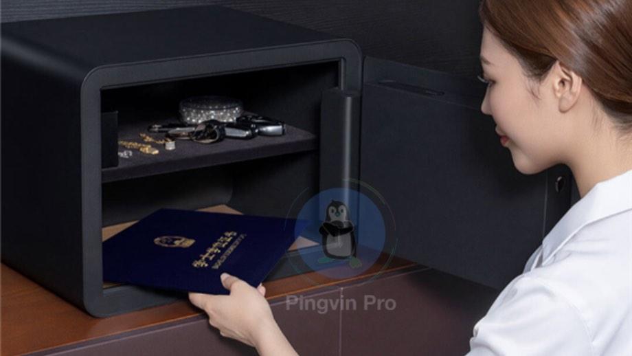 сейф зі сканером відбитків пальців