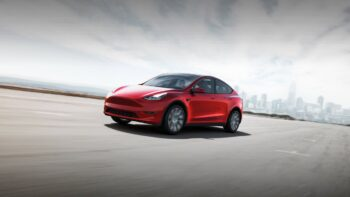Tesla Model Y (Ілон Маск)