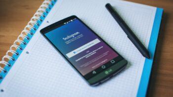 LG smartphone - Instagram