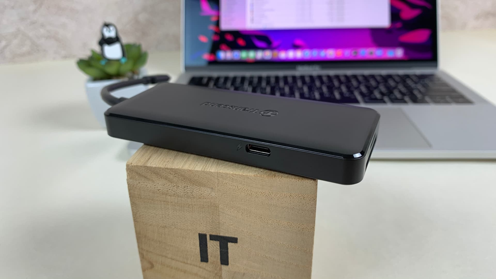 USB-хаб із USB Type-C (USB Power Delivery до 60 Вт)