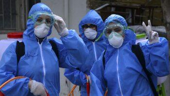 Боротьба з пандемією (COVID-19, лікарі, Україна)