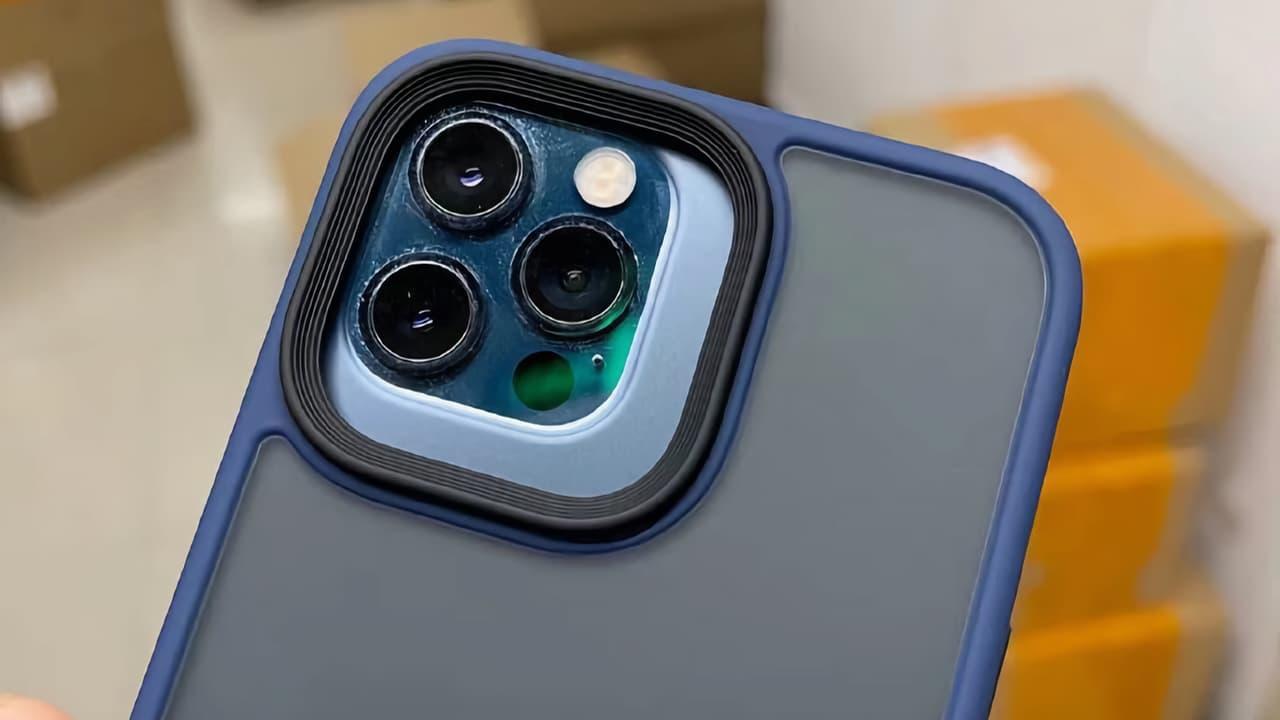 Чохол (блок тилової камери iPhone 13 Pro)